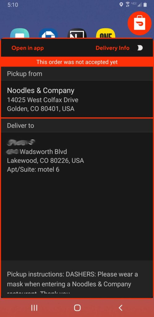 Screenshot of the delivery info screen on the floating dash widget that shows the pickup and dropoff addresses.